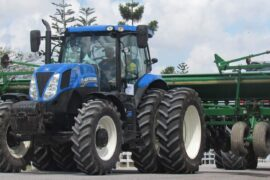 New Holland traktor strojevi 2